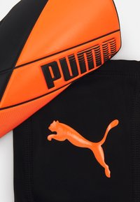 Puma - ULTIMATE FLEX UNISEX - Schienbeinschoner - shocking orange/black white - 4
