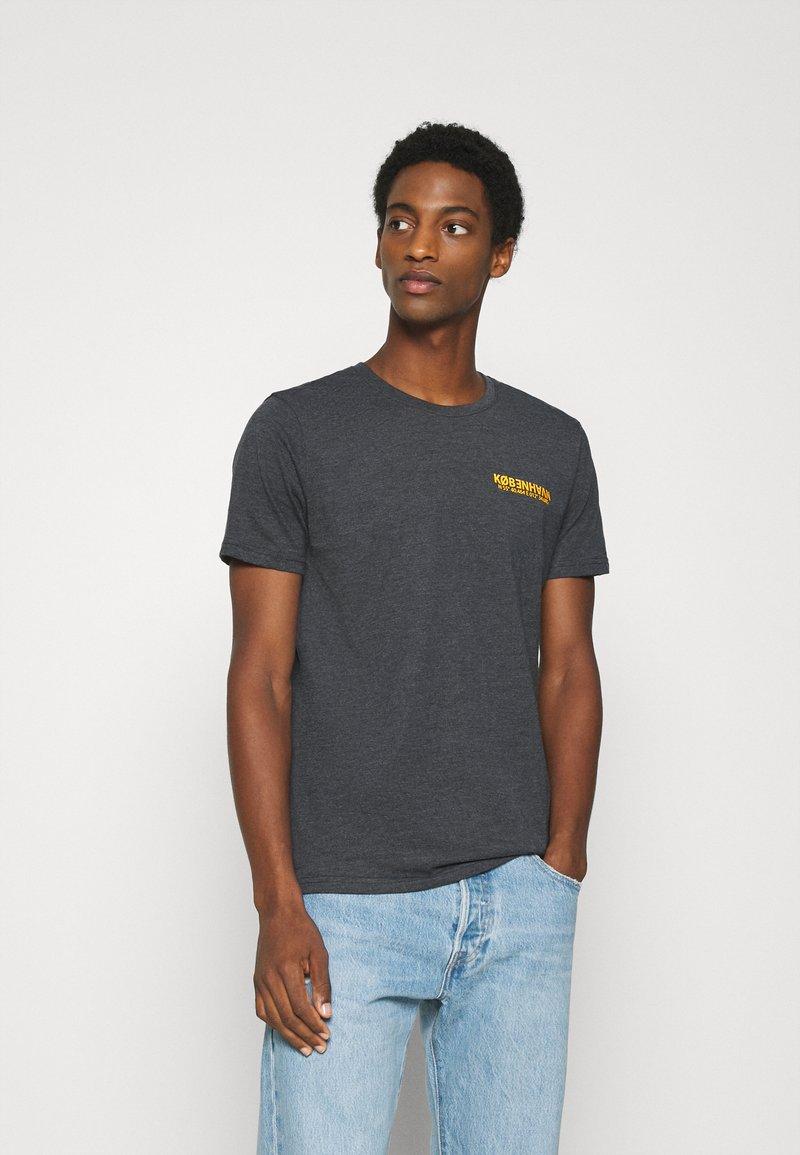 Solid - MATTI - Print T-shirt - insignia