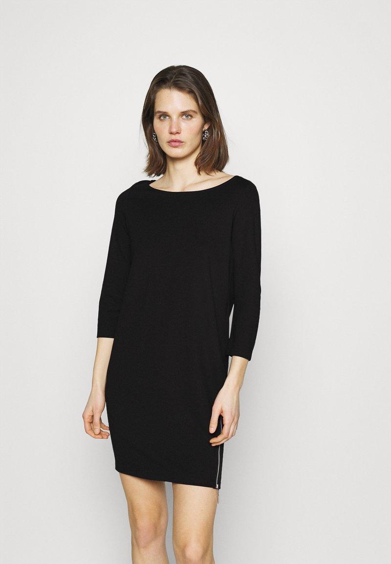 comma - Robe en jersey - black