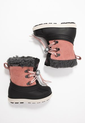 Winter boots - rose