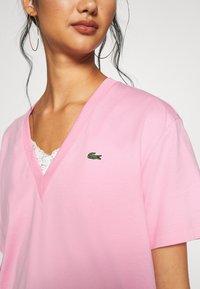 Lacoste - T-shirt basic - rosatre - 5