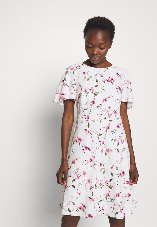 TECH CREPE DRESS - Denní šaty - cream/pink