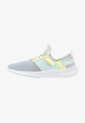 WNRGSSM1 - Sports shoes - light aluminium