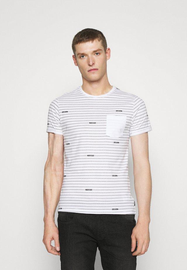 ECKLEY - Print T-shirt - optical white