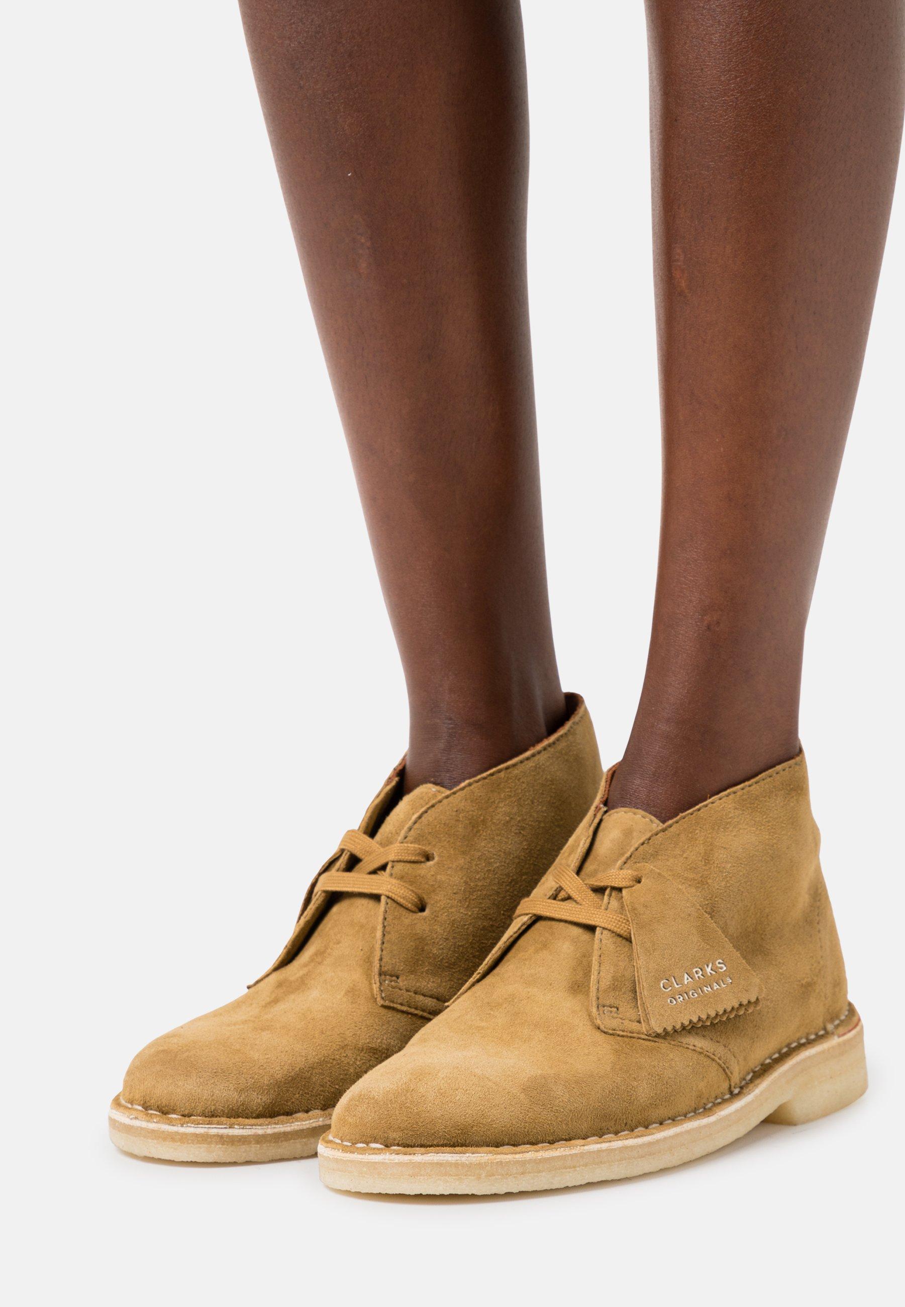 Women DESERT BOOT - Lace-ups
