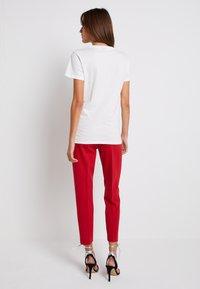 Pinko - FERDINANDO  - Print T-shirt - white - 3