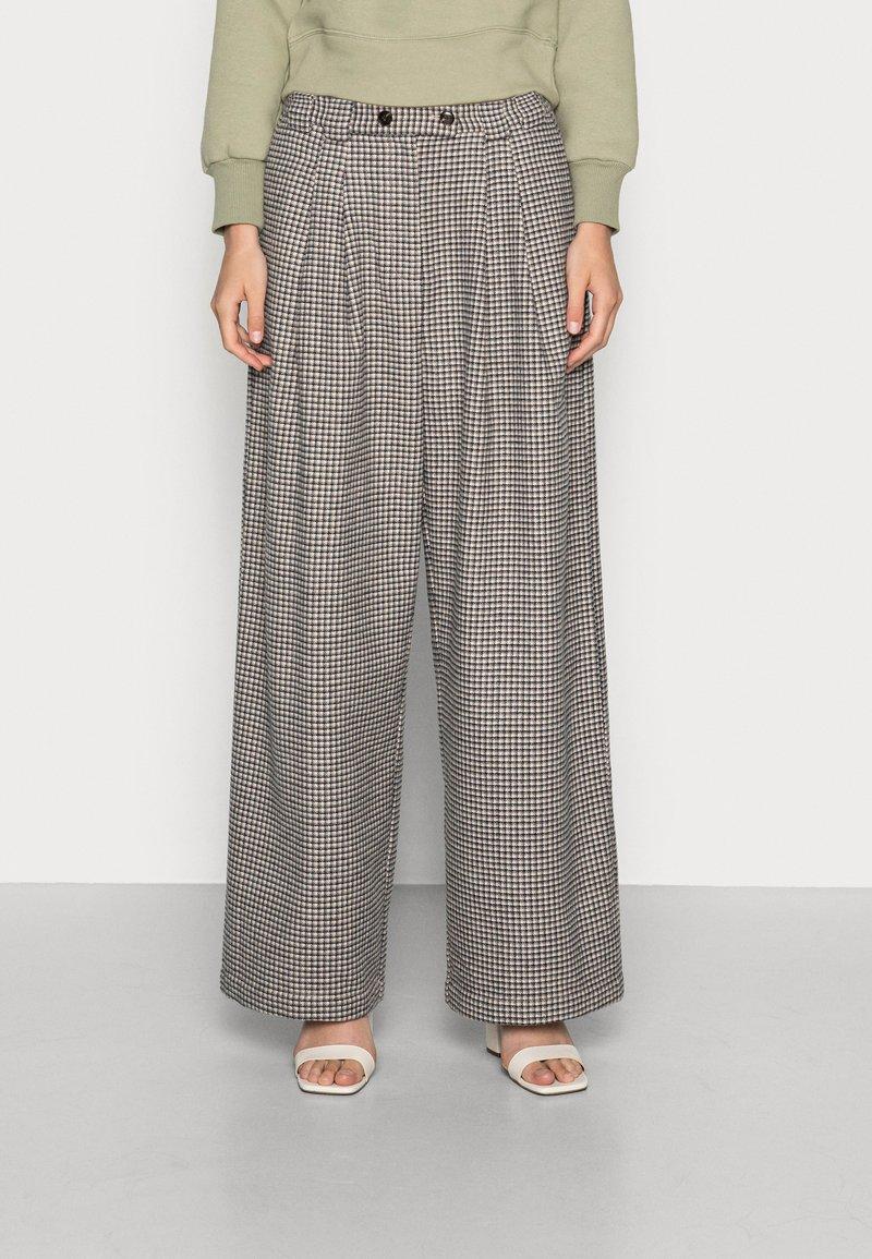 Stella Nova - ELINE - Kalhoty - beige black checks