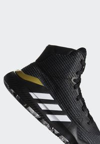 adidas Performance - PRO BOUNCE 2019 SHOES - Basketball shoes - black - 8