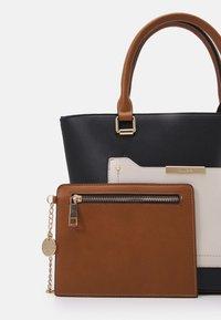 ALDO - PERIMMA - Handbag - black - 3