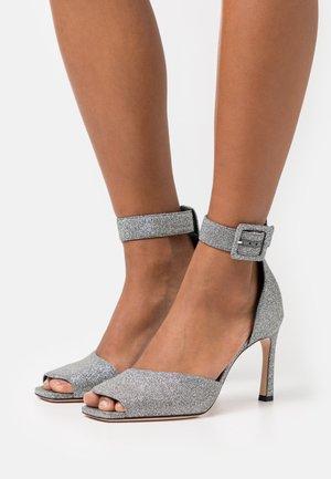 ELIDE - Sandály na vysokém podpatku - silver