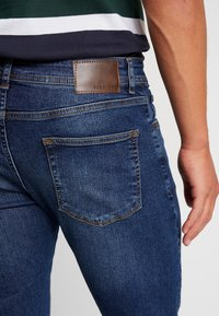 Pier One - Slim fit jeans - blue denim - 5