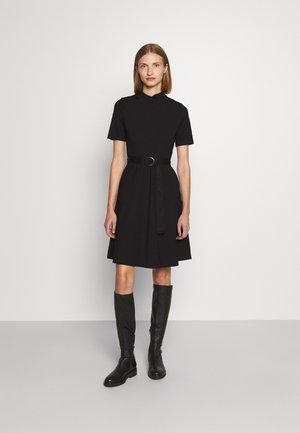 DARFIA - Sukienka z dżerseju - black