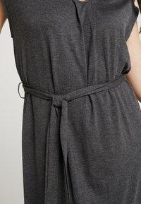 YAS - YASTAMMY DRESS - Sukienka z dżerseju - dark grey melange - 5