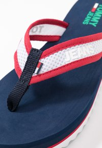 Tommy Jeans - RECYCLED MID BEACH SANDAL - Flip Flops - twilight navy - 2