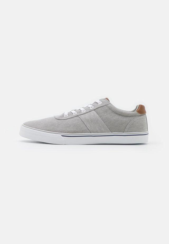 UNISEX - Sneakers laag - grey