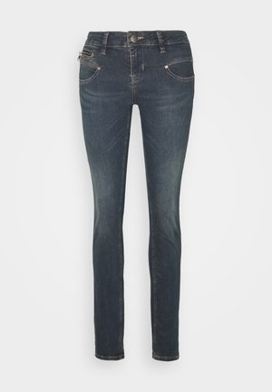 ALEXA - Vaqueros slim fit - brooklyn