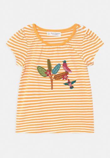 GADA BABY  - Print T-shirt - yellow