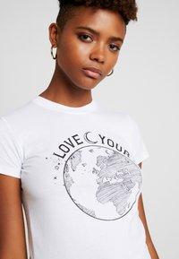 Topshop - LOVE YOUR WORLD - Print T-shirt - white - 3