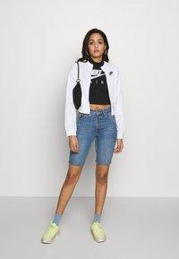 Nike Sportswear - W NSW AIR JKT PK - Hettejakke - white - 4