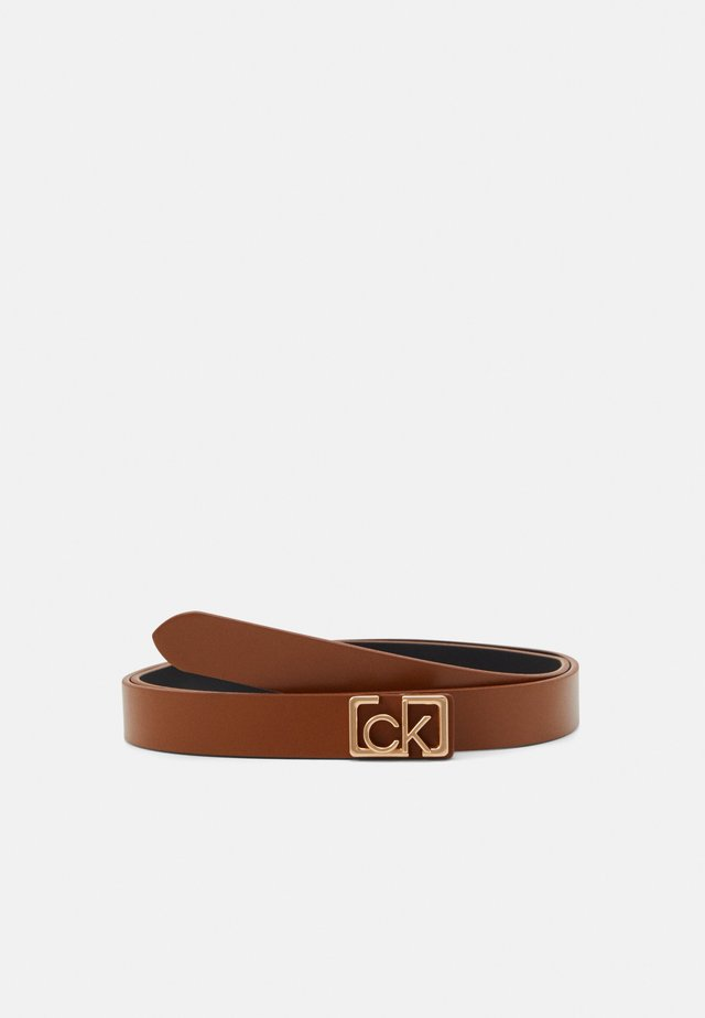 PLAQUE SKINNY BELT  - Belt - brown