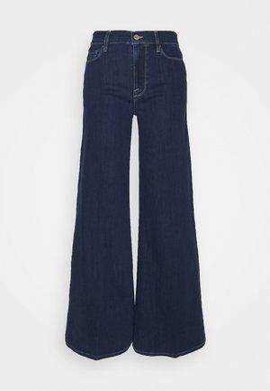 LE PALAZZO - Flared Jeans - dalvin