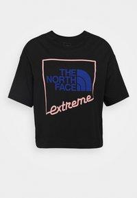 EXTREME CROP TEE - T-Shirt print - black