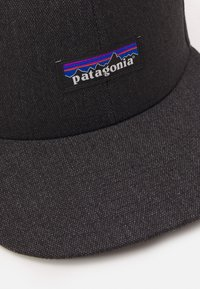 Patagonia - TIN SHED HAT UNISEX - Lippalakki - ink black - 3