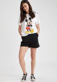 DeFacto - DISNEY - Print T-shirt - white - 1