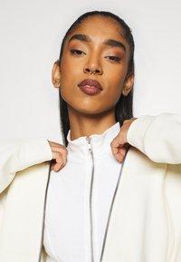 Nike Sportswear - TREND - veste en sweat zippée - coconut milk - 3