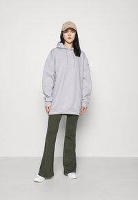 4th & Reckless - IRIANA HOODIE - Sweatshirt - grey - 1