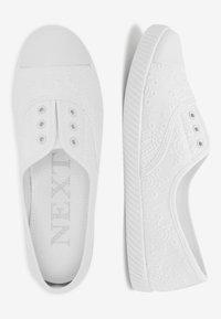 Next - Półbuty wsuwane - white - 2