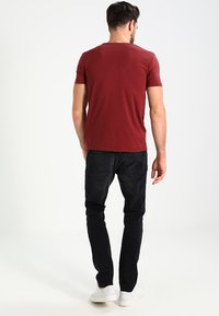 Tiffosi - BRIAN - Print T-shirt - red - 2