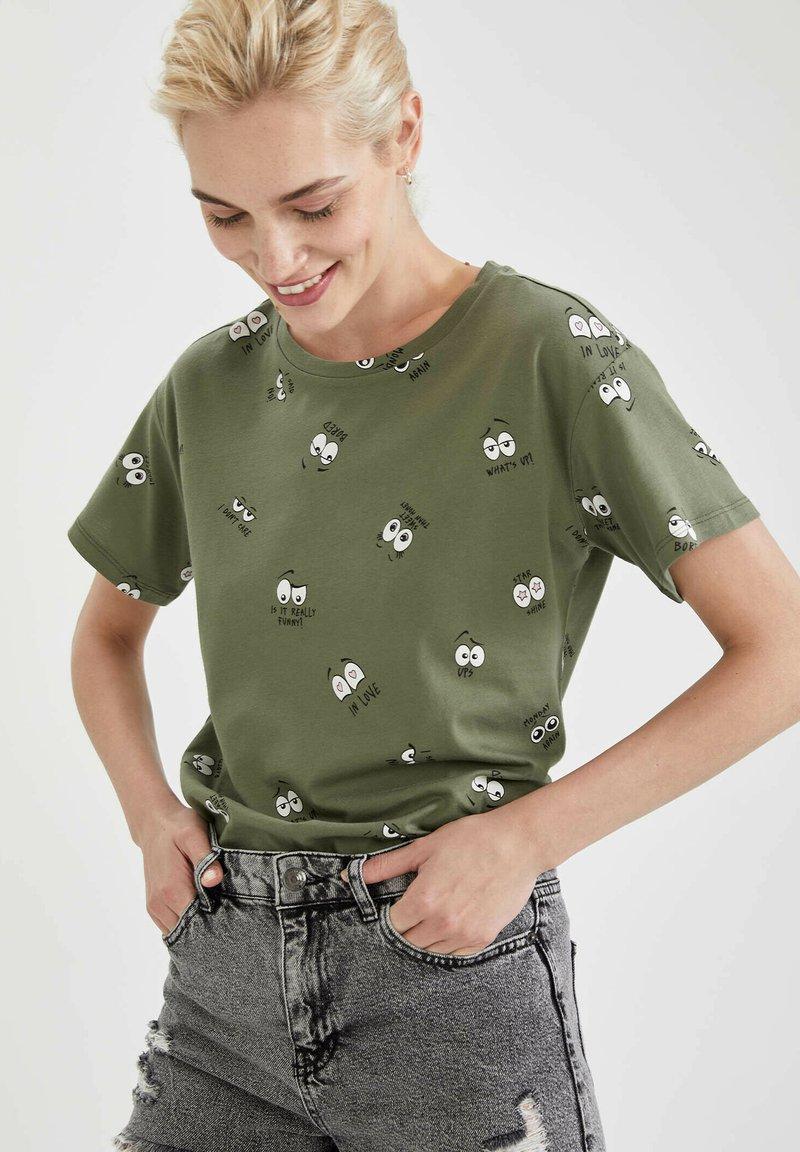 DeFacto - Print T-shirt - khaki
