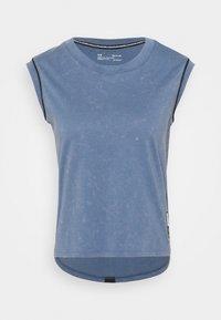 RUN ANYWHERE SHORT SLEEVE - Print T-shirt - mineral blue