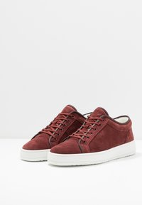 ETQ - PORT ROYALE - Trainers - bordeaux - 2