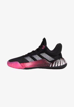 Kuntoilukengät - core black / shock pink / footwear white