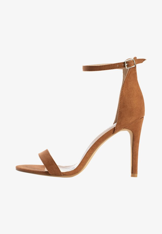Sandalen met hoge hak - camel