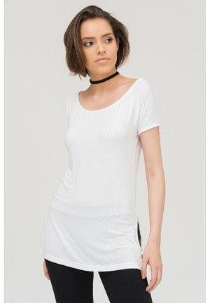 NAIRA - Basic T-shirt - white