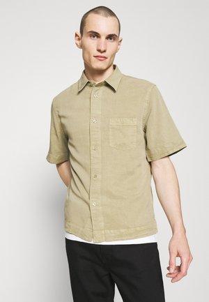 OWEN - Shirt - sage green
