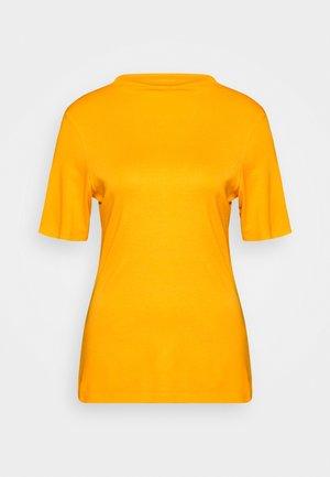 Basic T-shirt - golden yellow