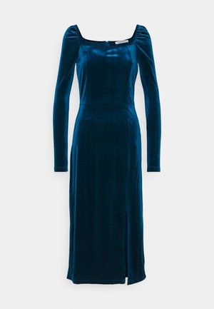 Day dress - dark blue velvet
