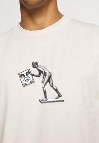 Obey Clothing - ICON RUN - Printtipaita - cream - 4
