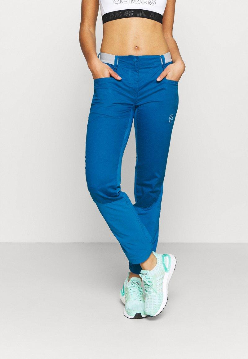 La Sportiva - PETRA PANT  - Trousers - neptune