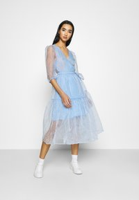 Monki - SARA DRESS - Day dress - blue light - 0