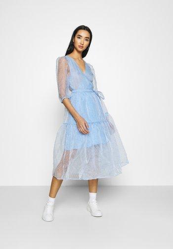 SARA DRESS - Denní šaty - blue light
