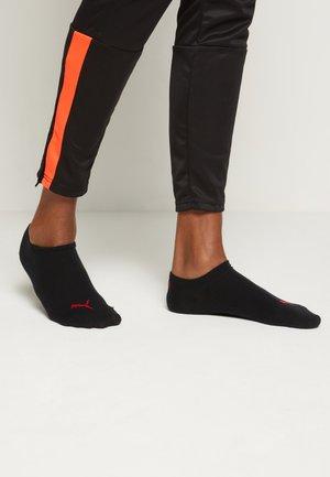 SNEAKER PLAIN 6 PACK UNISEX - Sports socks - grey/black/red combo