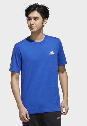 ESSENTIALS TAPE T-SHIRT - Print T-shirt - blue
