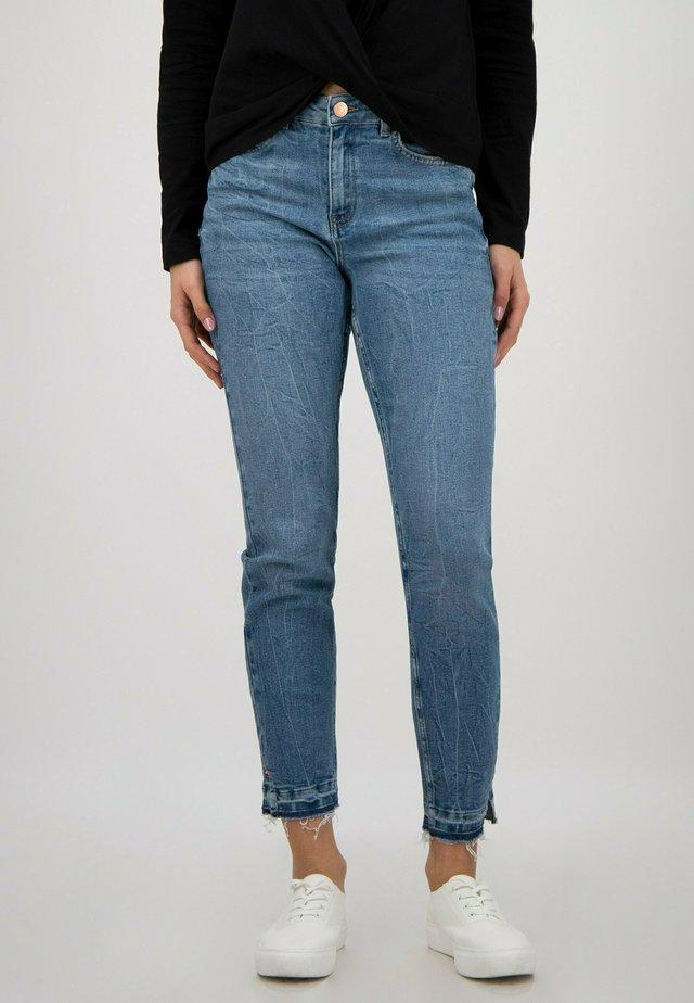 Jean slim - mid blue washed
