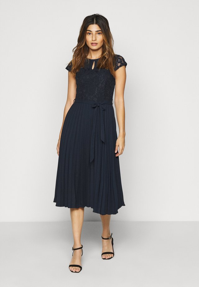 PLEATED MIDI - Day dress - navy