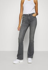 ONLY - ONLPAOLA FLARED JEANS - Flared Jeans - black denim - 2